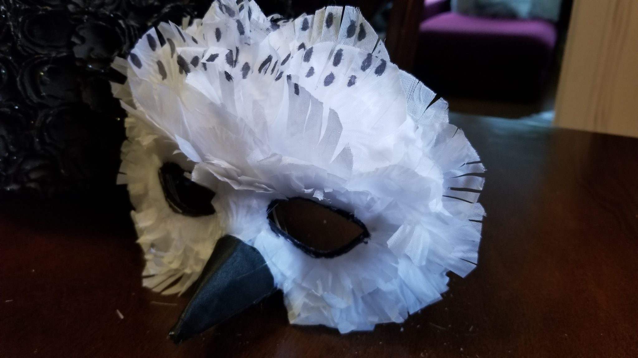 b9c4595c99 Marion Sprague made a snowy owl mask using silk rose petals, along with a  little cardboard, tape and glue, for her 2018 Halloween costume: the owl  Hedwig ...